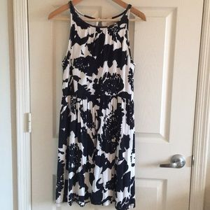 Loft Dress, lined with keyhole at back
